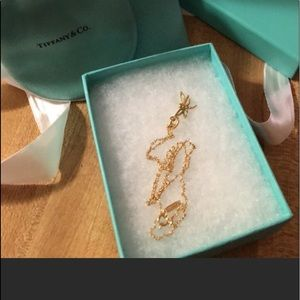 💯Tiffany & Co. 18K Gold Dragonfly Necklace!